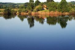 Idyllisches Landgut mit 6.500 qm großen Grundstück und  eigenen Seen in traumhafter Umgebung