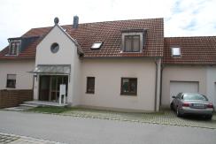 5-Zimmer Wohnung mit eigener Terrasse und Garten in Obertraubling bei Regensburg