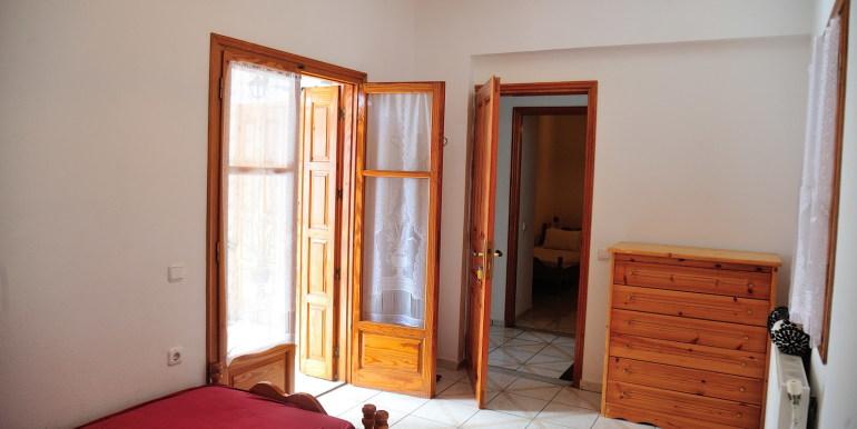 7 -  Schlafzimmer 1. Stock (2)