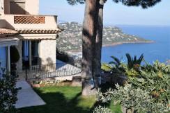 Villa mit atemberaubendem Meerblick zwischen Cannes und St. Raphael