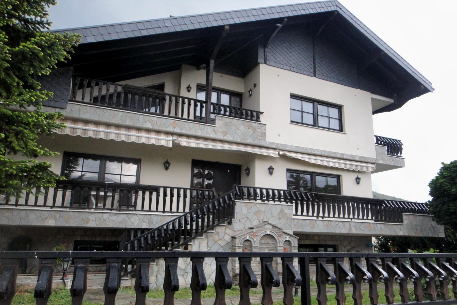 Großzügiges Haus in Mazedonien am Dorfrand von Alonakia/Kozani